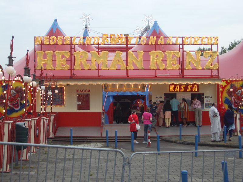 Circus_Herman_Renz.jpg